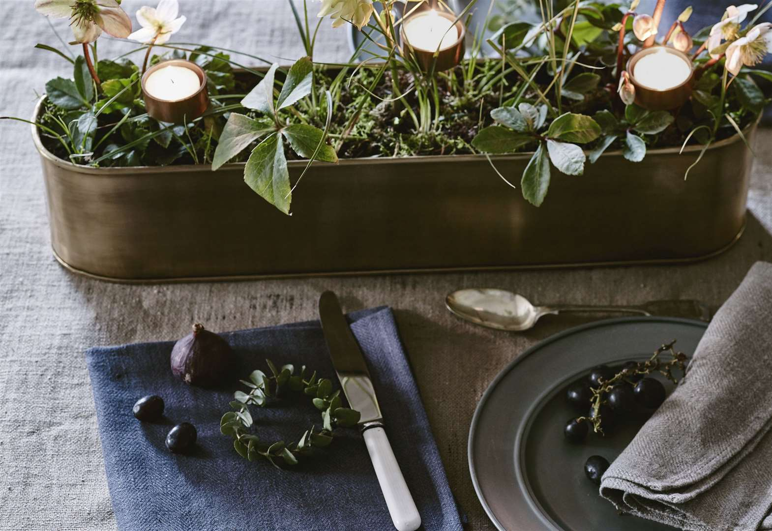 Home Front: Festive fragrance ideas with Cate Burren